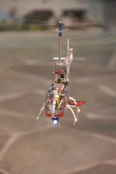 helikopter-mit-scheinwerfer